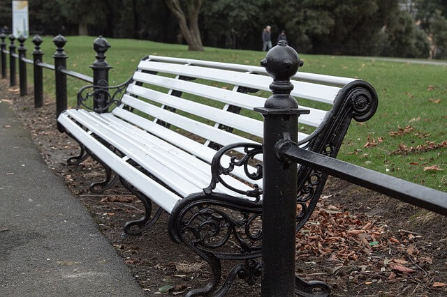 guide to street furniture