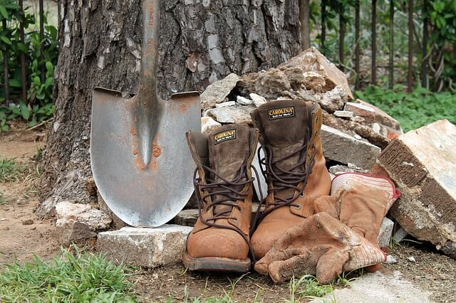 Work Boot (Why Wear Safety Shoes in the Workplace)
